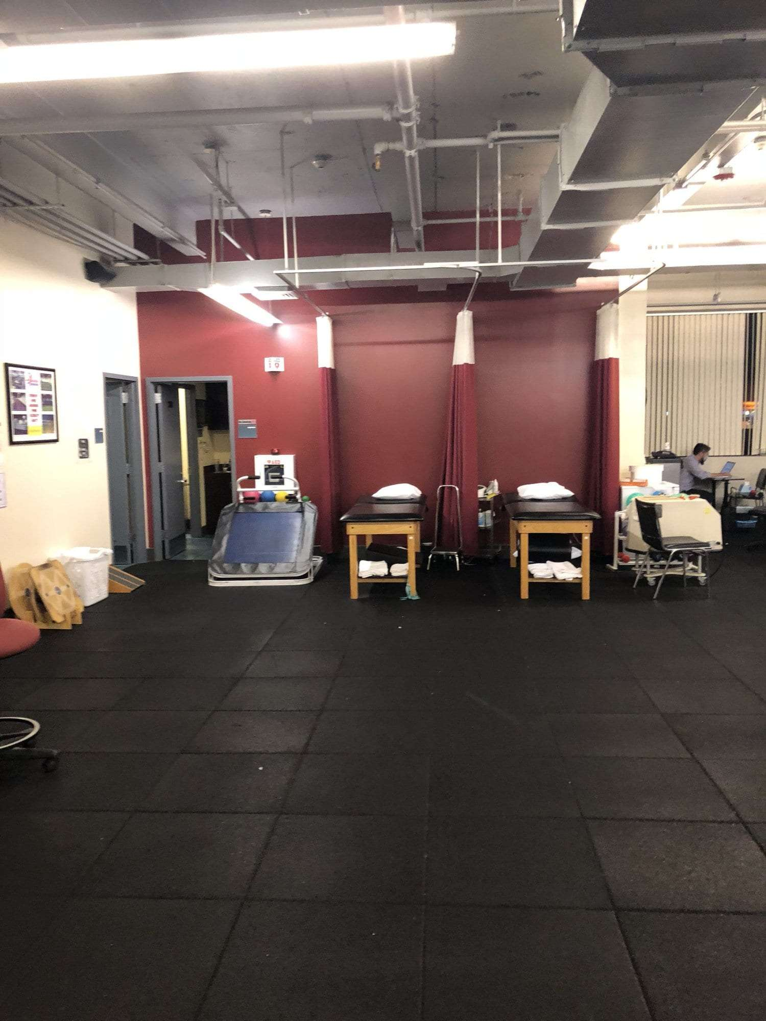 An image of our training room at our physical therapy clinic in Melville, Long Island in Suffolk County, New York.