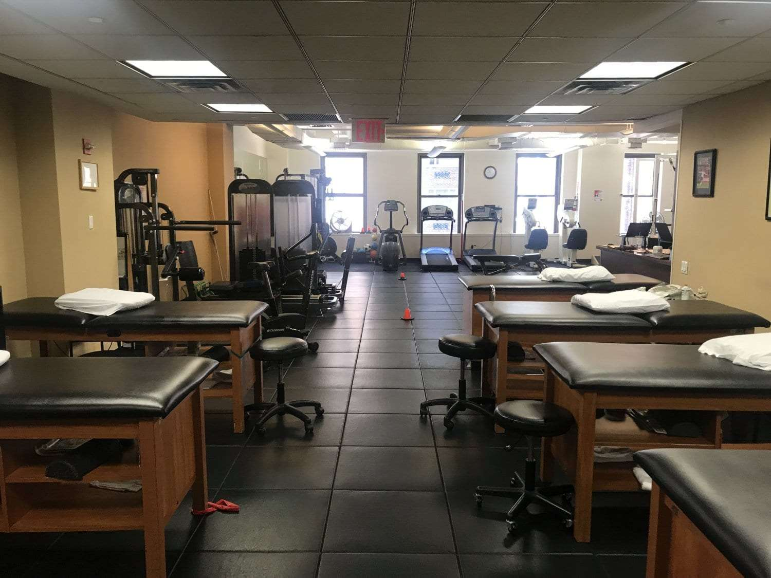 This is an image of the stretch beds and equipment used for physical therapy at our clinic in Manhattan, New York City at Midtown East.