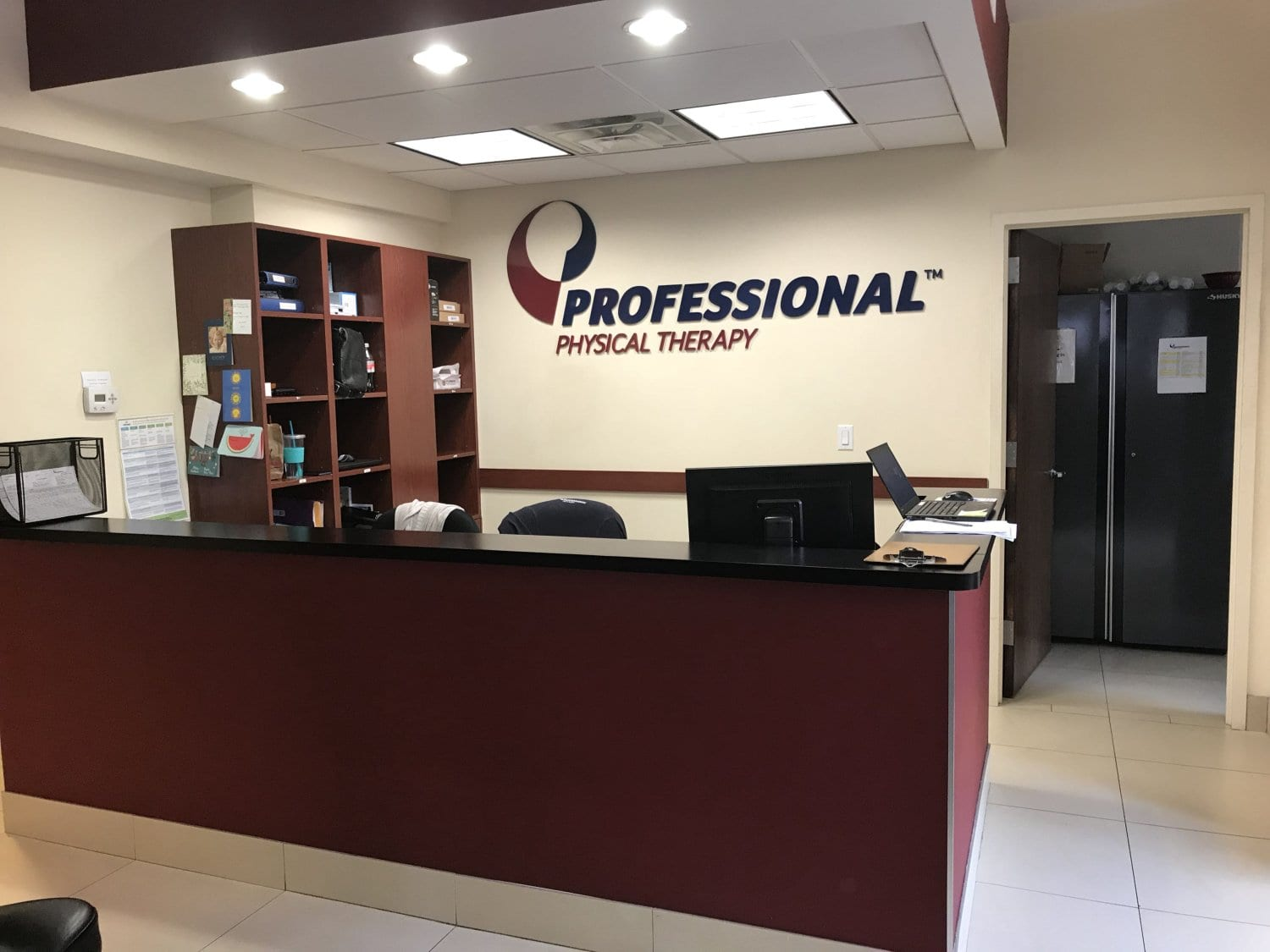 An image of the front desk at our physical therapy clinic in Manhattan, New York City at Upper East Side on 84th st.