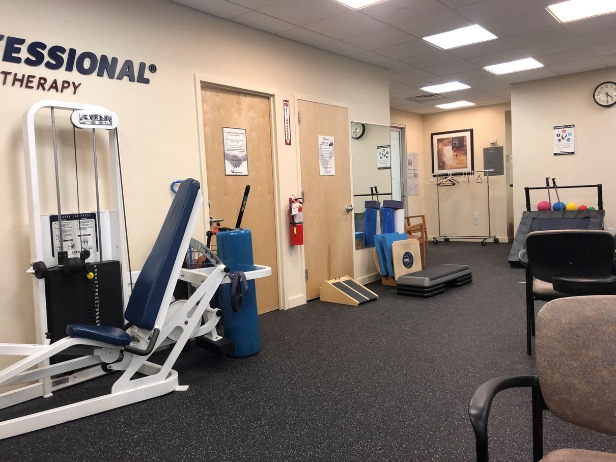 An image of the main rehabilitation room at our physical therapy clinic in lower Manhattan, New York City at Broadstreet.