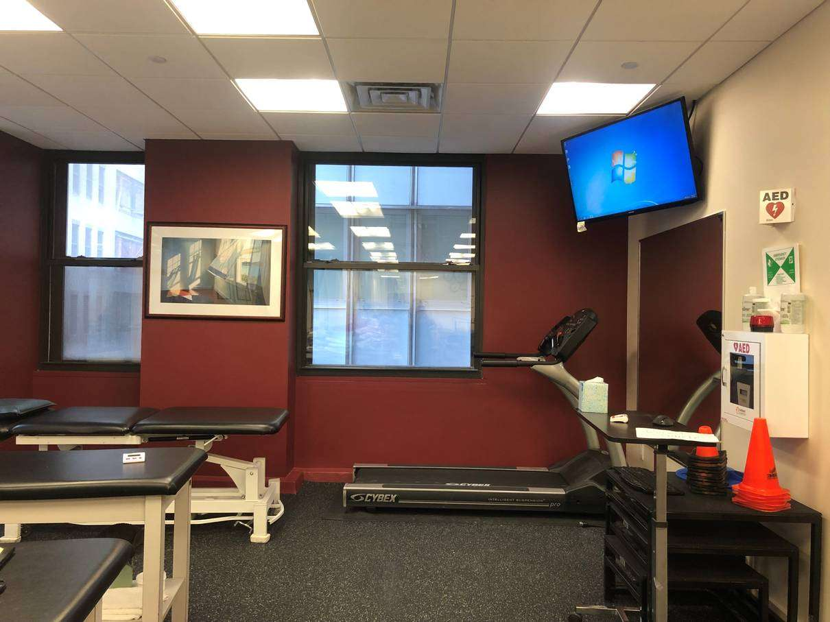An image of the treadmill at our physical therapy clinic in lower Manhattan, NYC at Broadstreet.