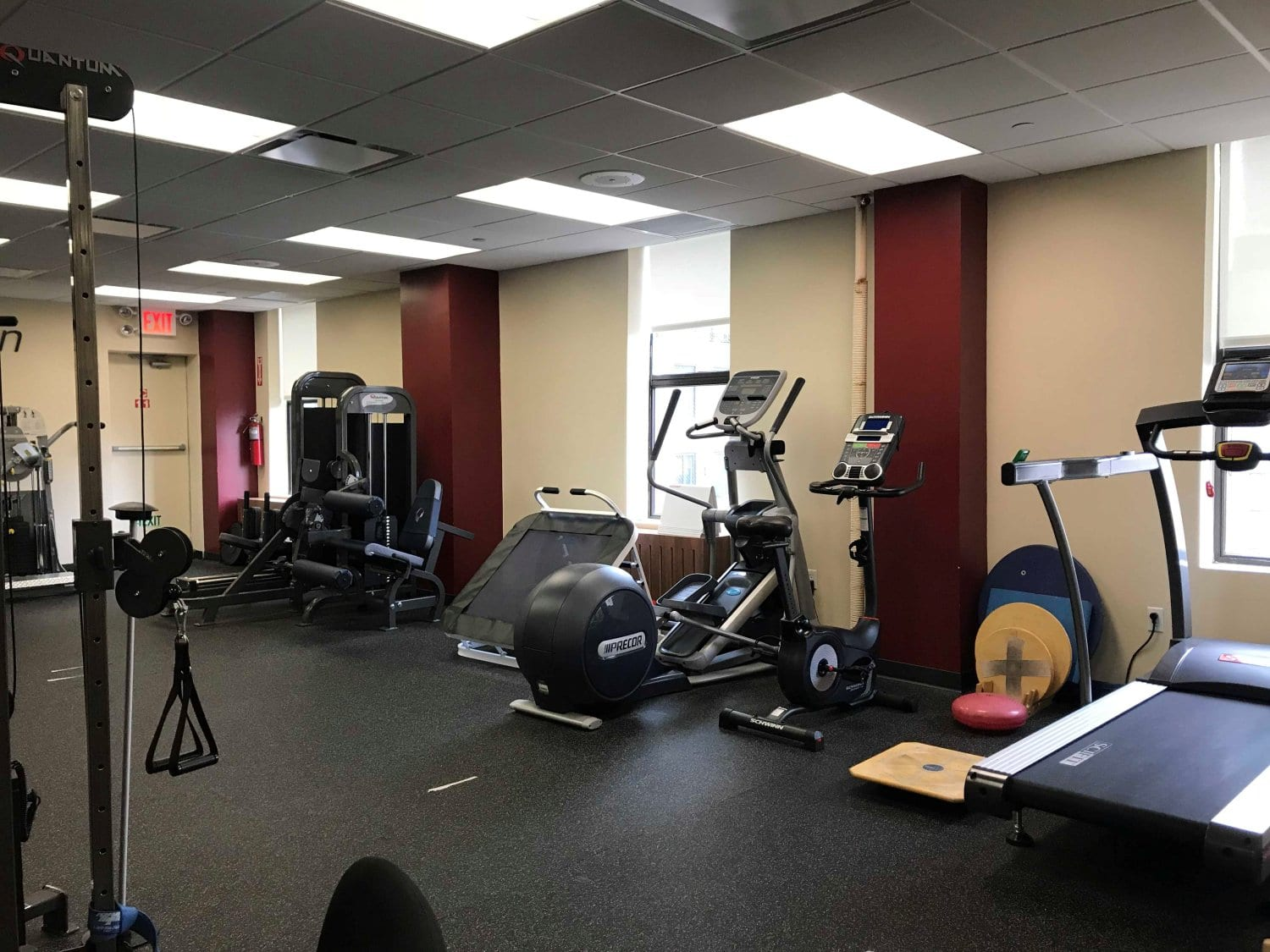 Here is an image of the training room at our physical therapy clinic in Easy Murray Hill, New York in Manhattan in Midtown East.