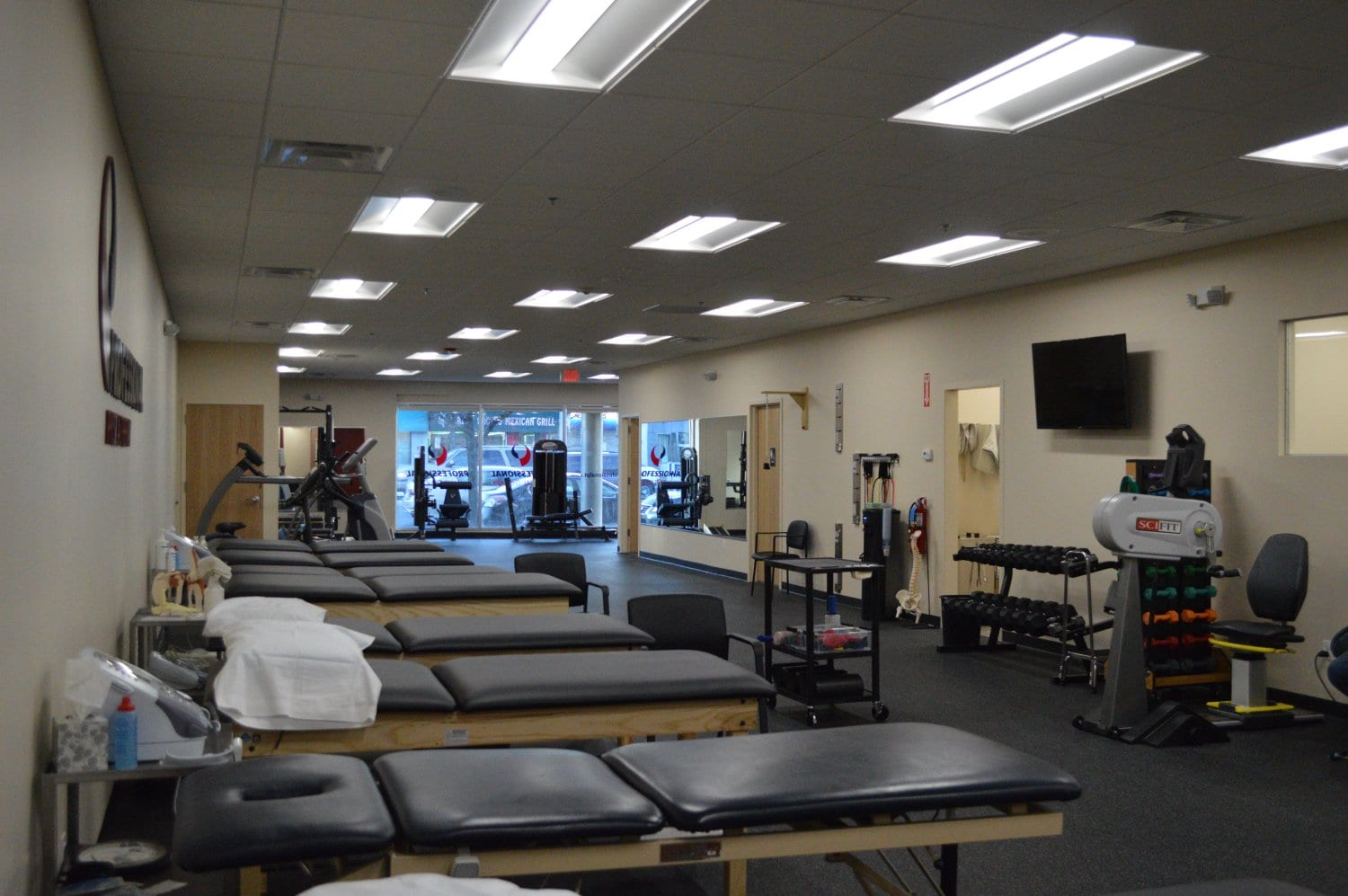 Here is a photo of the clean interior of our physical therapy clinic in Rockville Centre, New York.