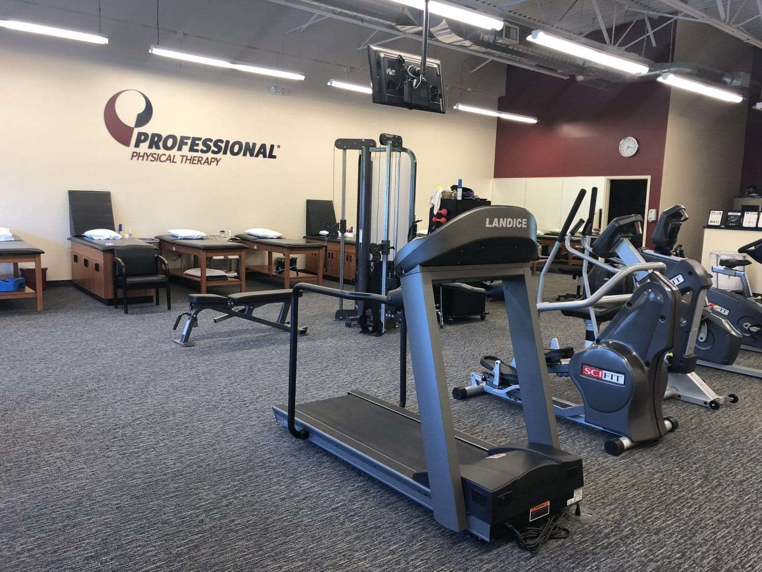 Here is an image of the interior of our River Edge, New Jersey physical therapy clinic.