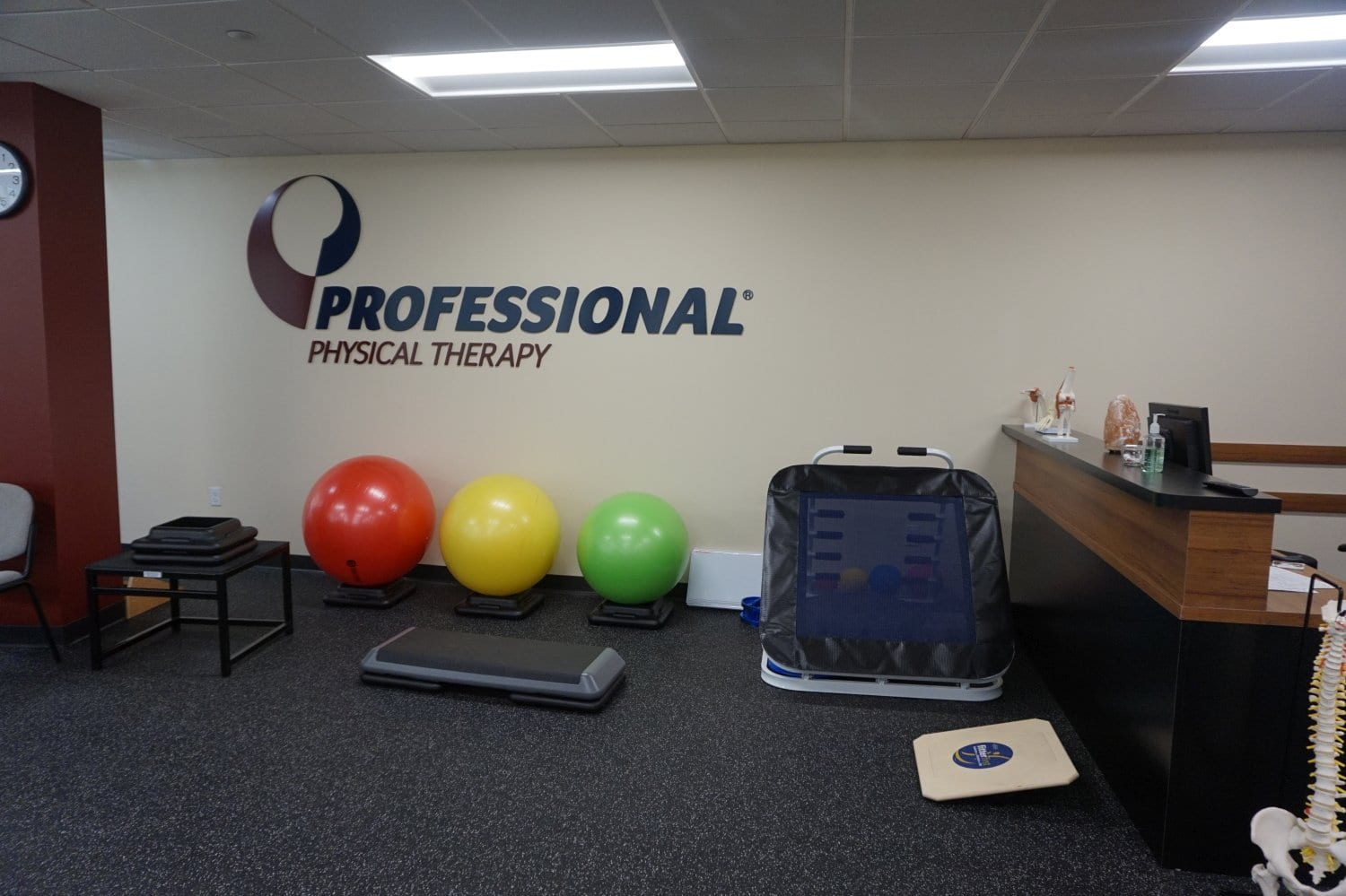 Here is an image of the interior of our physical therapy clinic in Stamford, Connecticut.