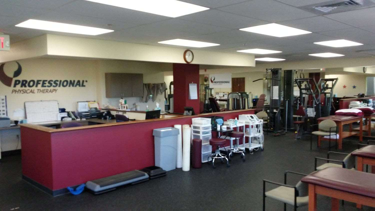 Here is a photo of the front desk at our physical therapy clinic in Newton, New Jersey.