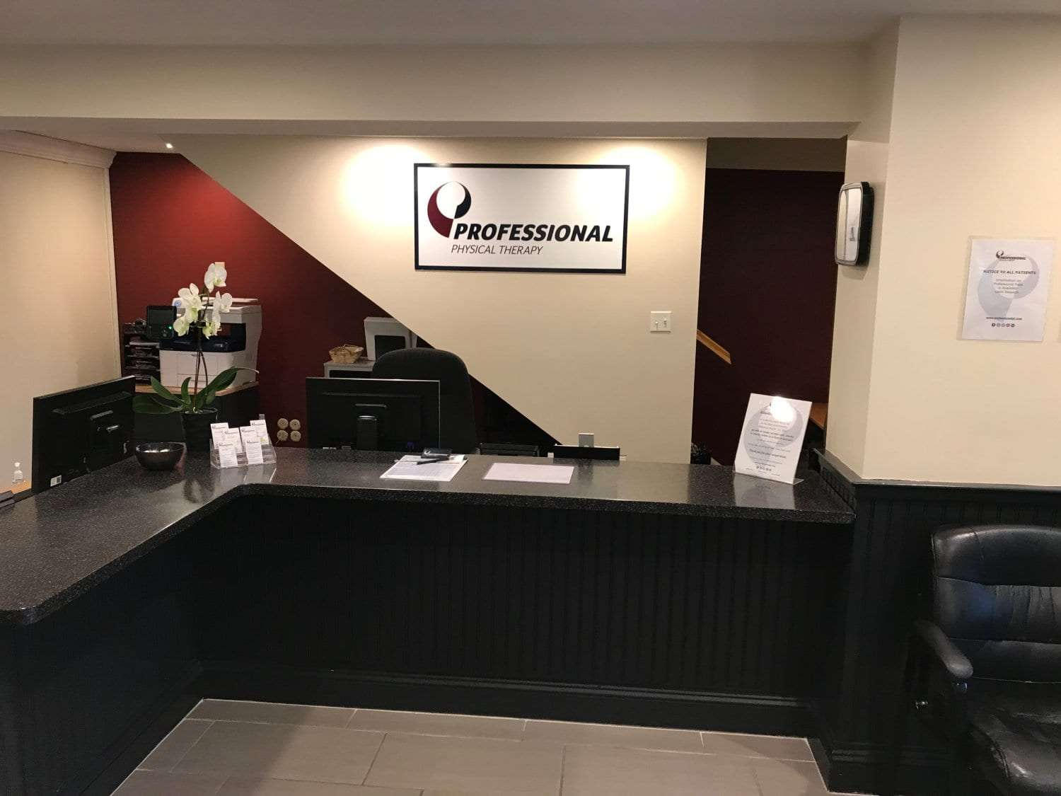 An image of the front desk at our physical therapy clinic in Cliffside Park, New Jersey.