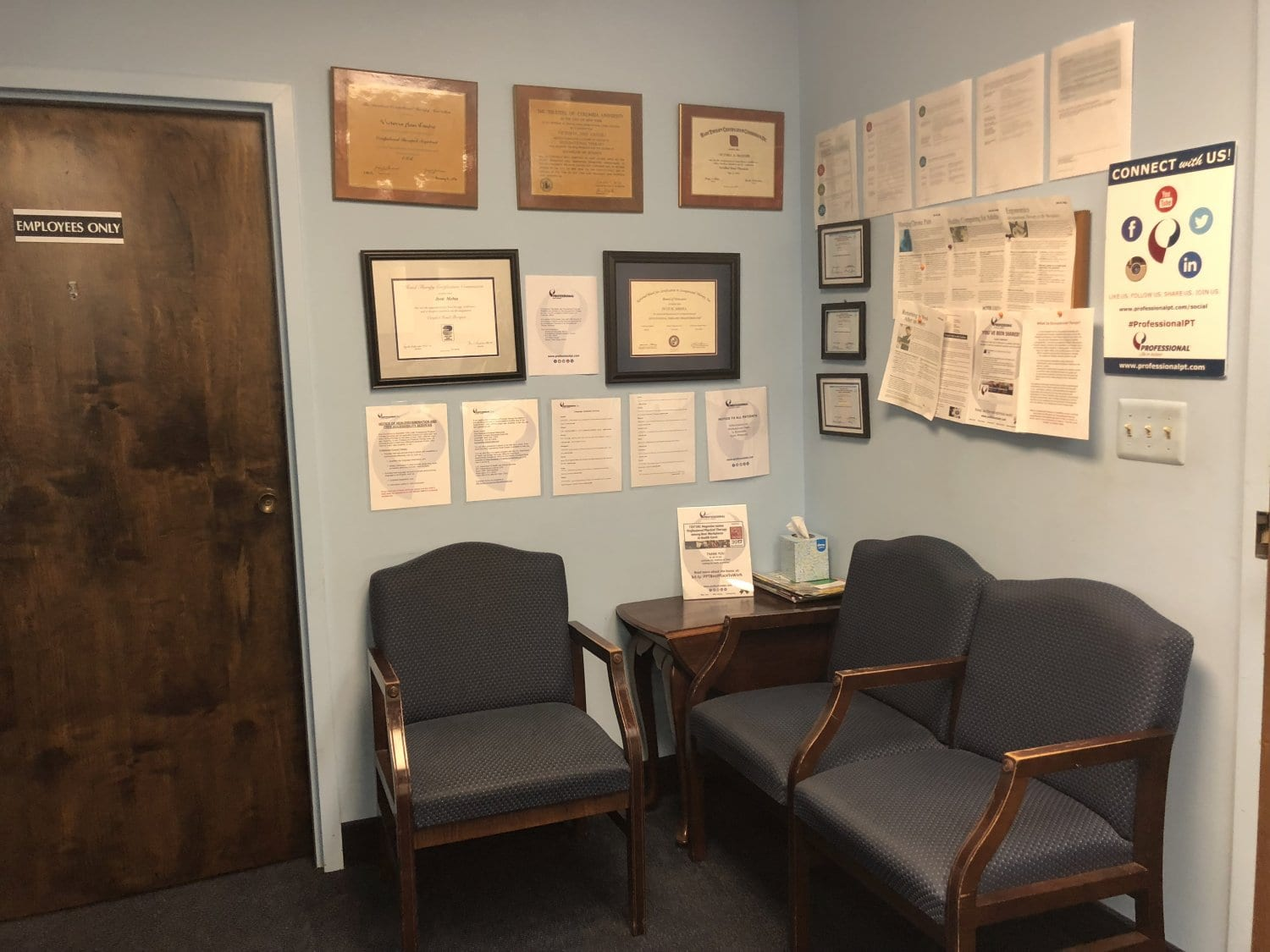 This is an image of part of the waiting room at our physical therapy clinic in Union, New Jersey.