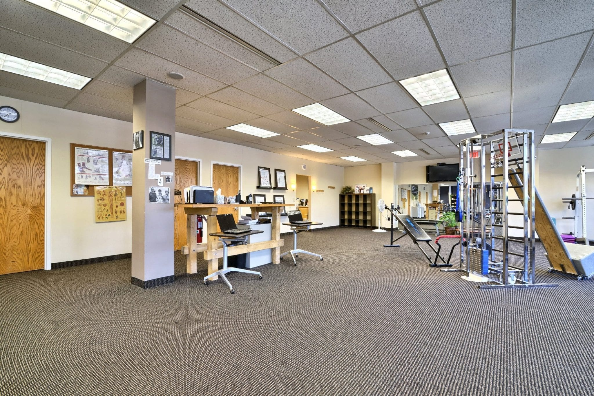 A photo of the inside of our physical therapy clinic in Farmington, Connecticut.