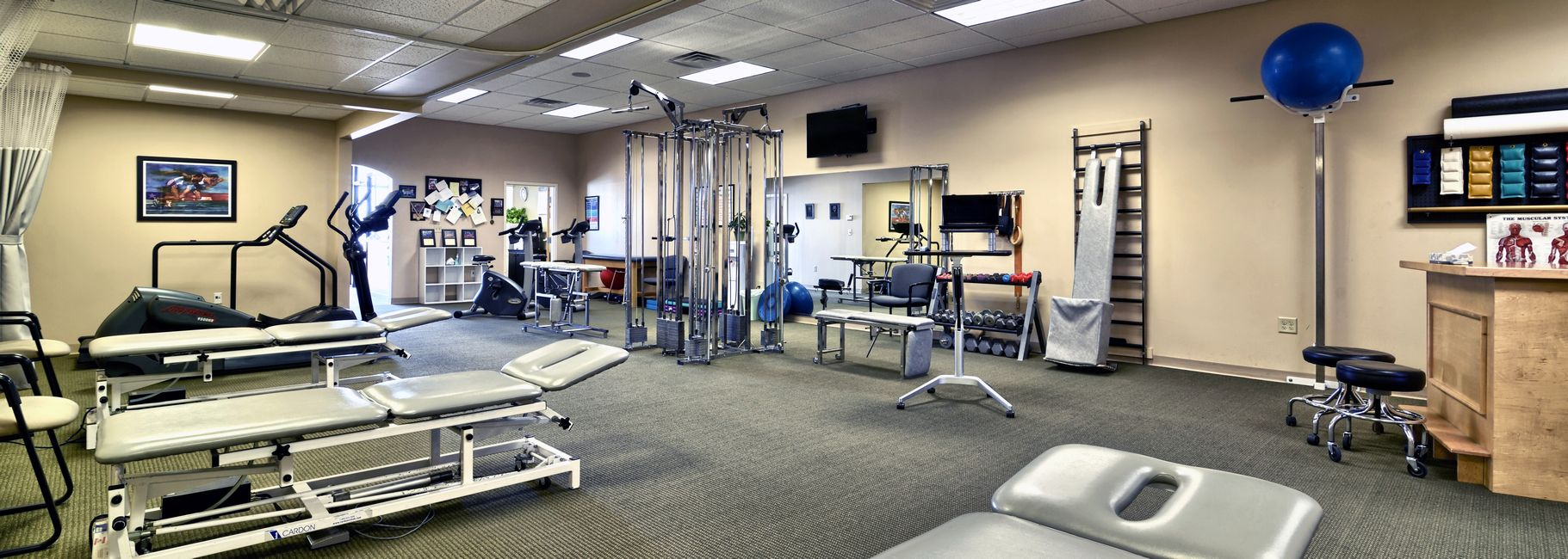 Interior of our Epping, NH physical therapy and sports medicine clinic located in the Eppicenter off exit 7 on 101.