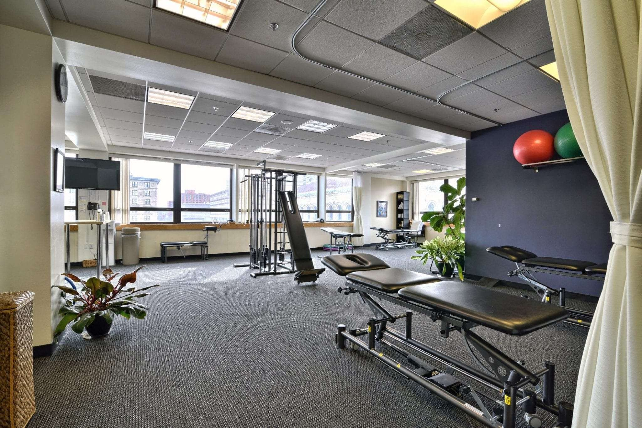 An image of a stretch bed at our physical therapy clinic in Boston, Massachusetts.