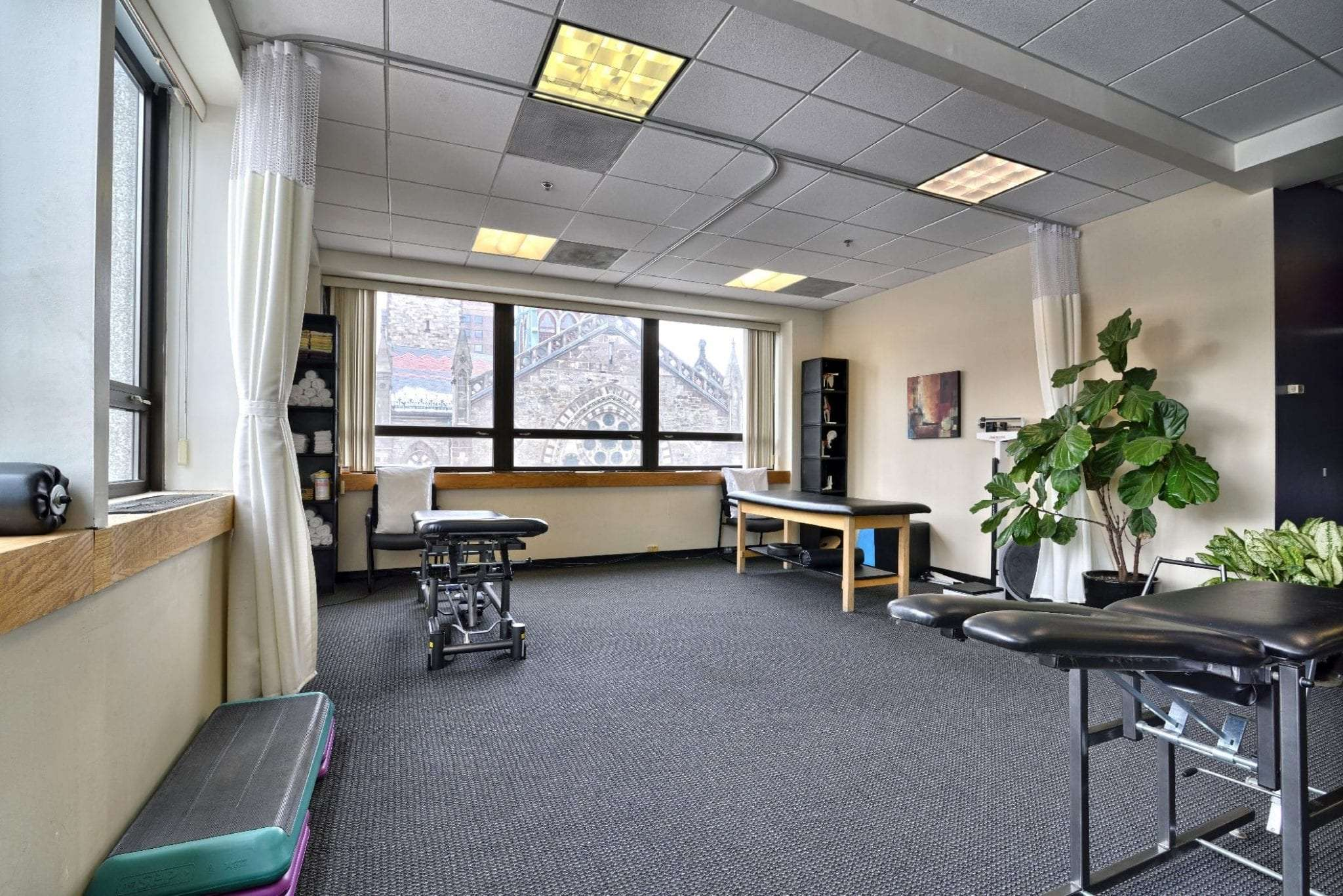 An image of stretch beds at our physical therapy clinic in Boston, Massachusetts.