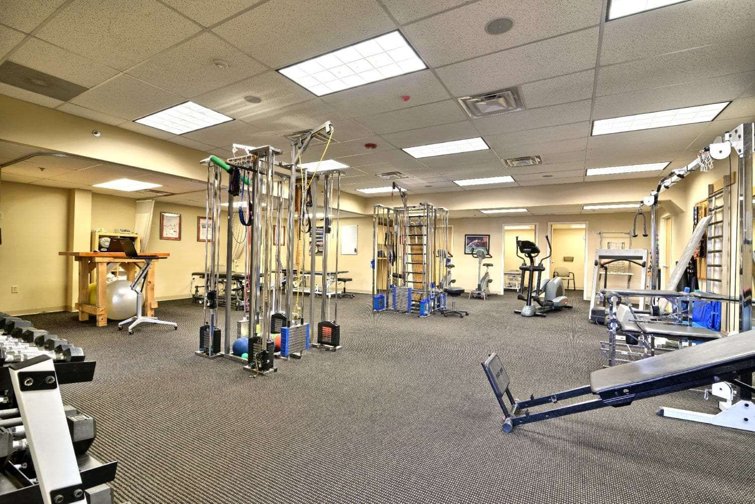 Here is an image of our well maintained equipment at our physical therapy clinic in Springfield, Massachusetts.