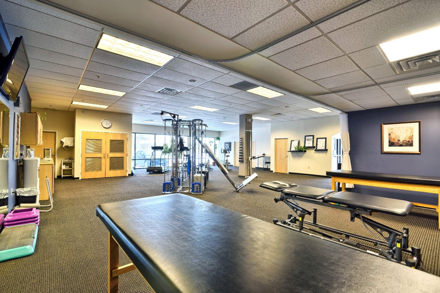 A photo of stretch beds and equipment at our physical therapy clinic in Somersworth, New Hampshire.