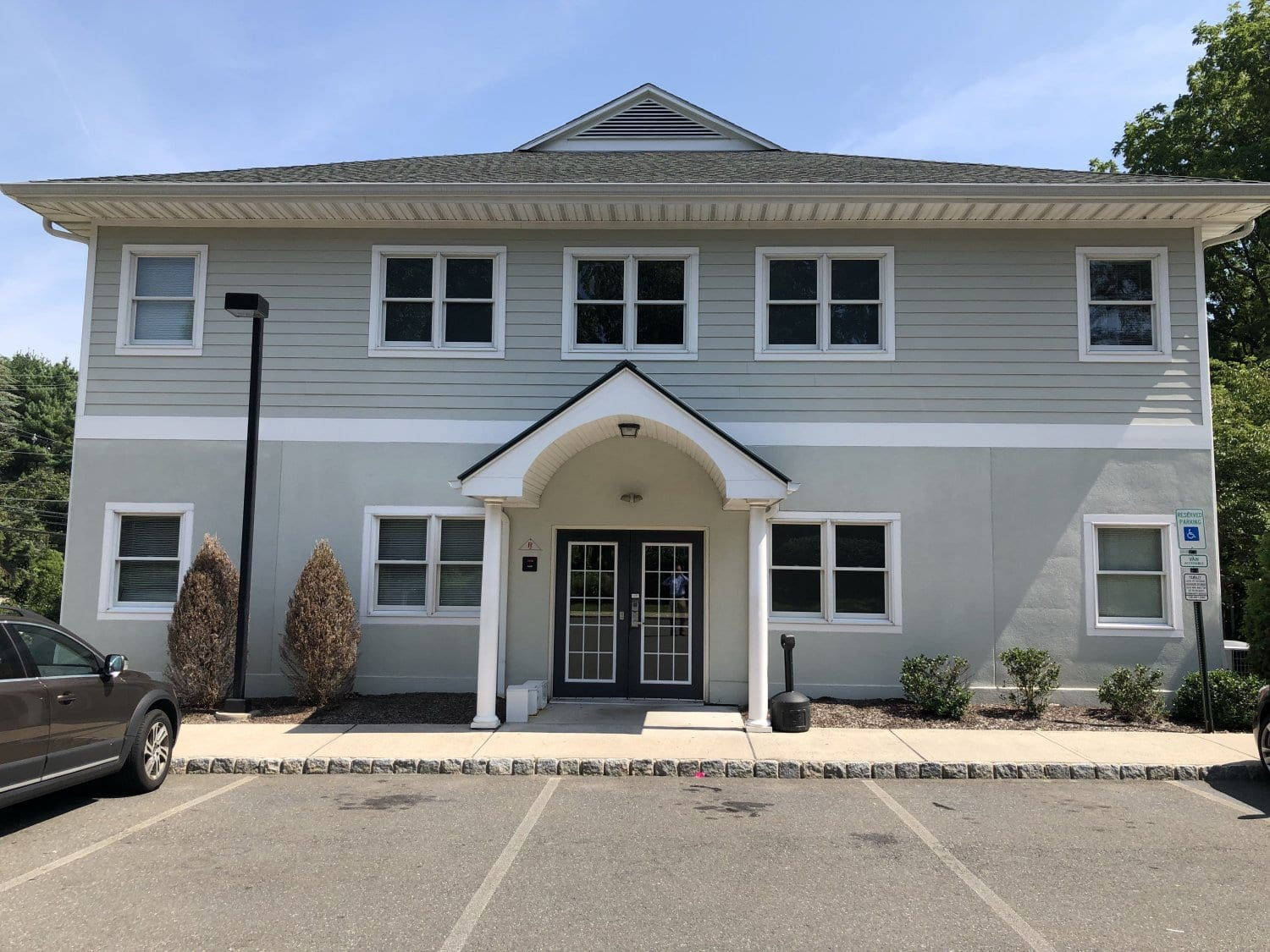 An image of the entrance to our physical therapy clinic in Montville, New Jersey.