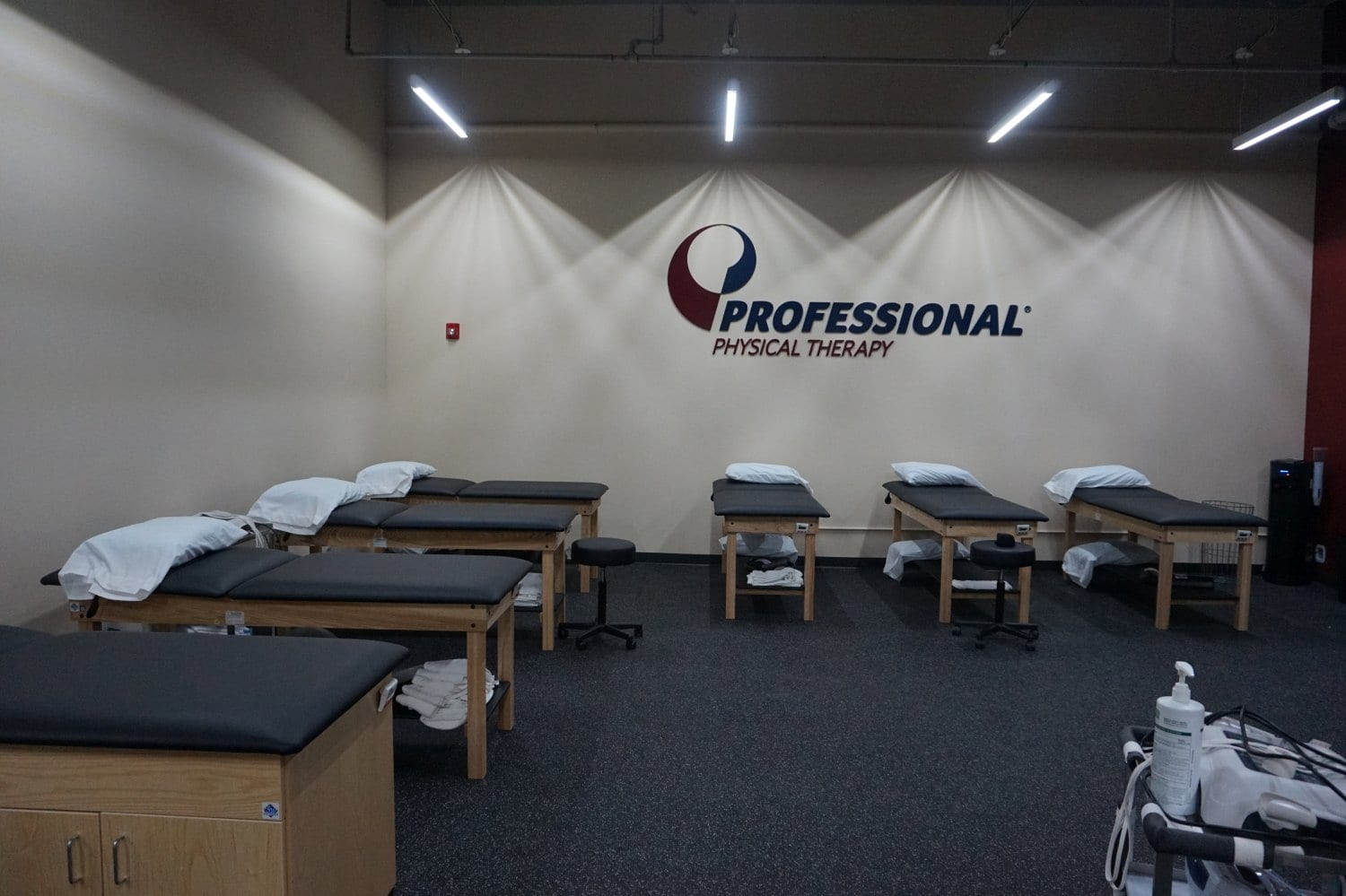 This is a wide shot of our clean stretch beds at our physical therapy clinic in West Islip New York.