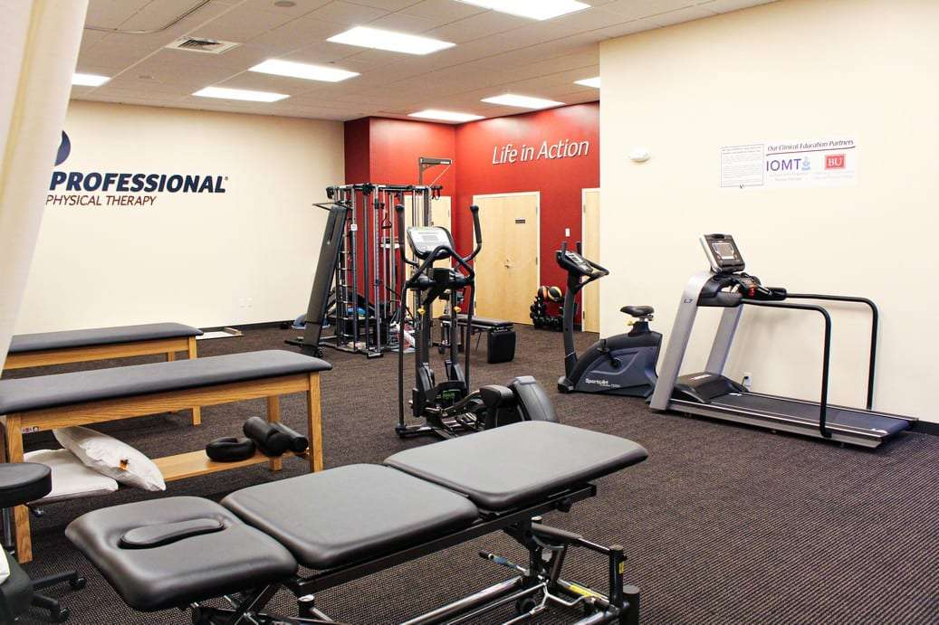 An image of the physical therapy clinic sports medicine room at our location in Seabrook, NH