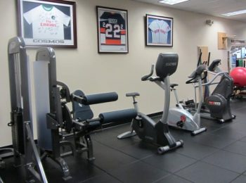 physical-therapy-clinic-ny-merrick-02-featured