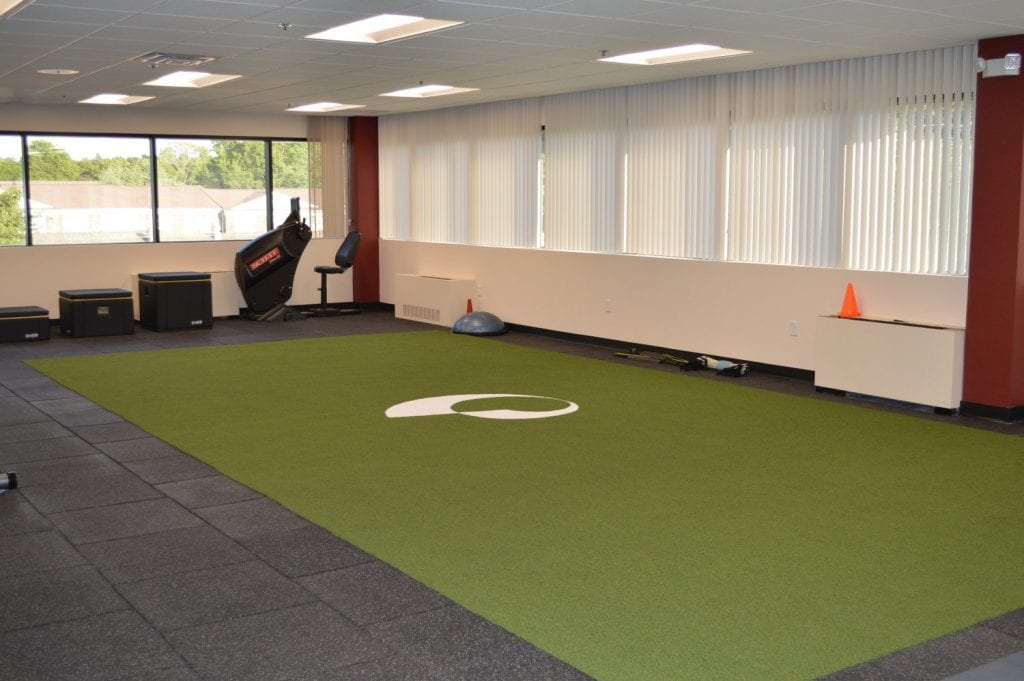 An image of the interior of our physical therapy clinic in Commack, New York.