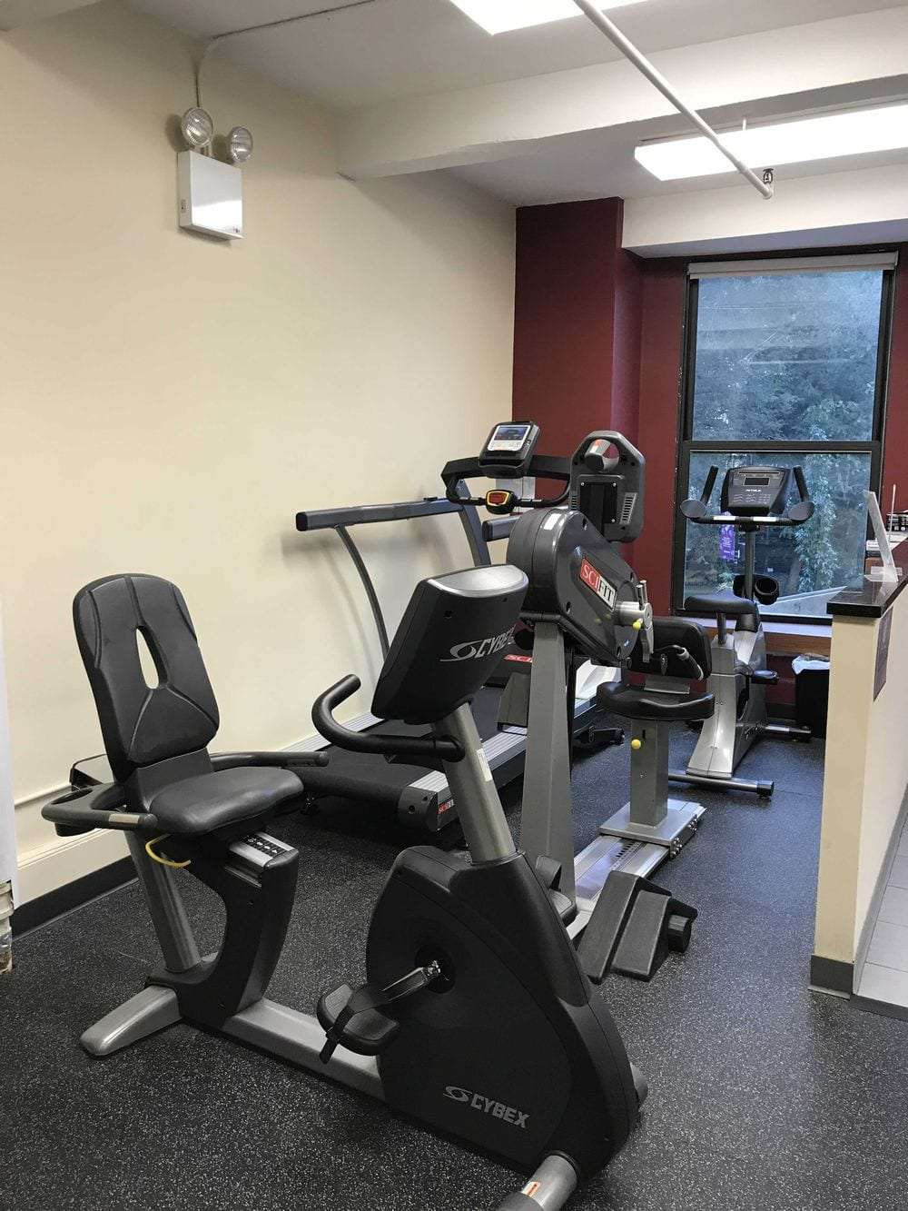 Here is an image of the equipment at our physical therapy clinic at Union Square in lower Manhattan, New York City.