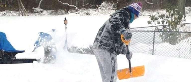 Carousel-Snow-Shoveling