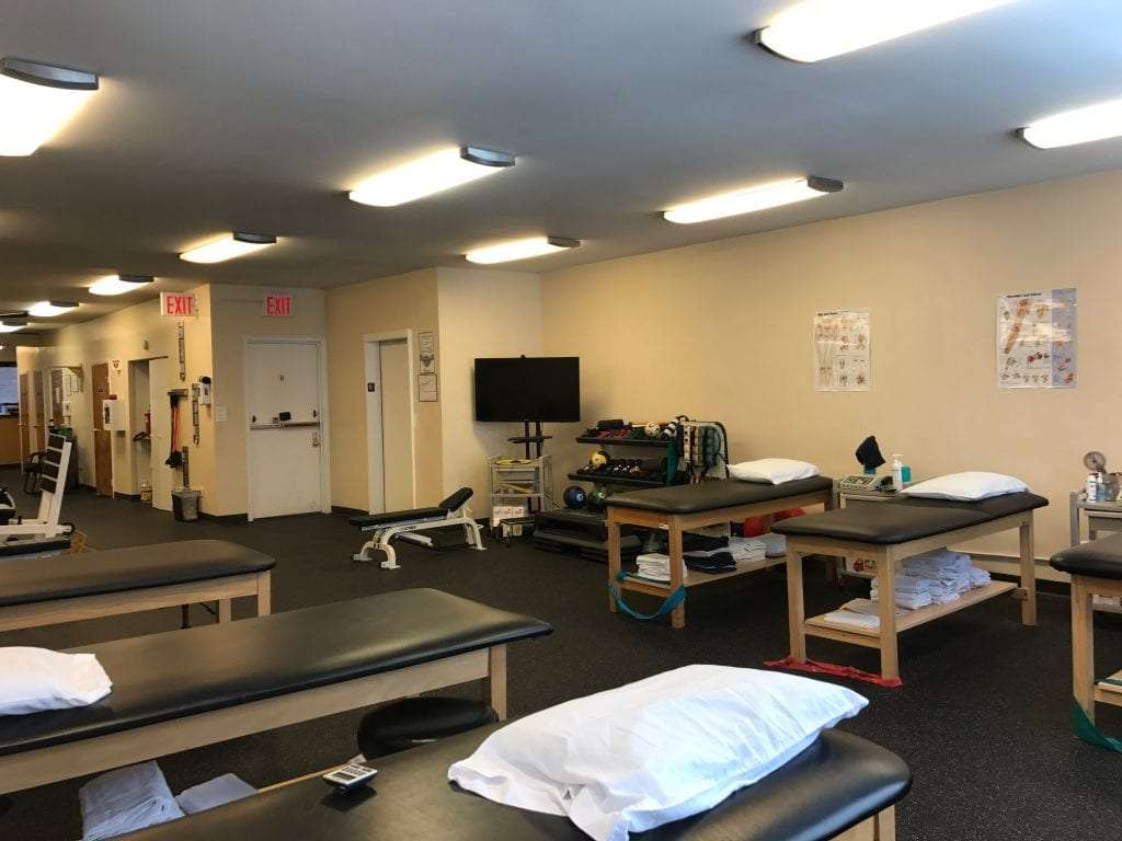 An image of the interior of our physical therapy clinic in Madison Avenue, New York at Midtown East.