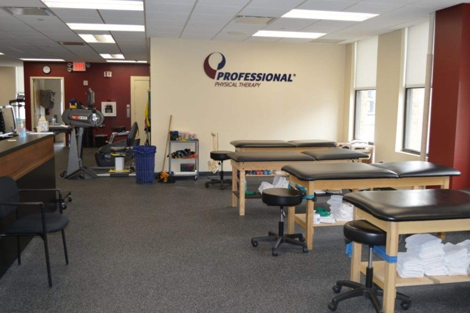 A photo of the stretch beds in our physical therapy clinic in Murray Hill, Manhattan, New York.