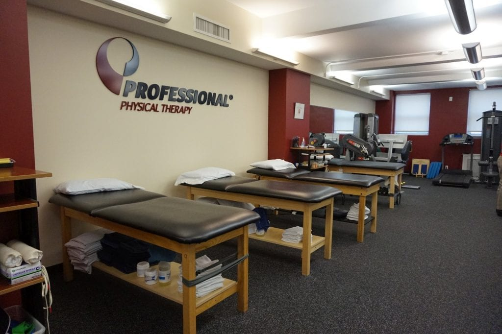 An image of four stretch beds at our physical therapy clinic in Manhattan, New York City on upper east side at 77th st.