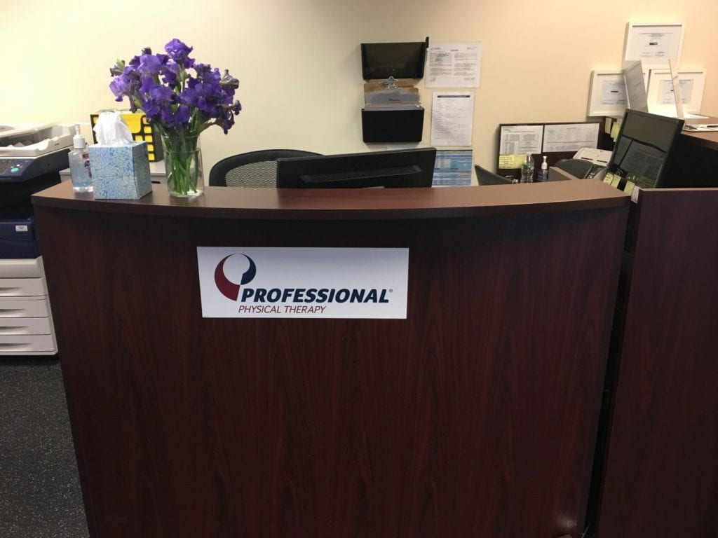An image of the front desk at our physical therapy clinic in Clifton, New Jersey.