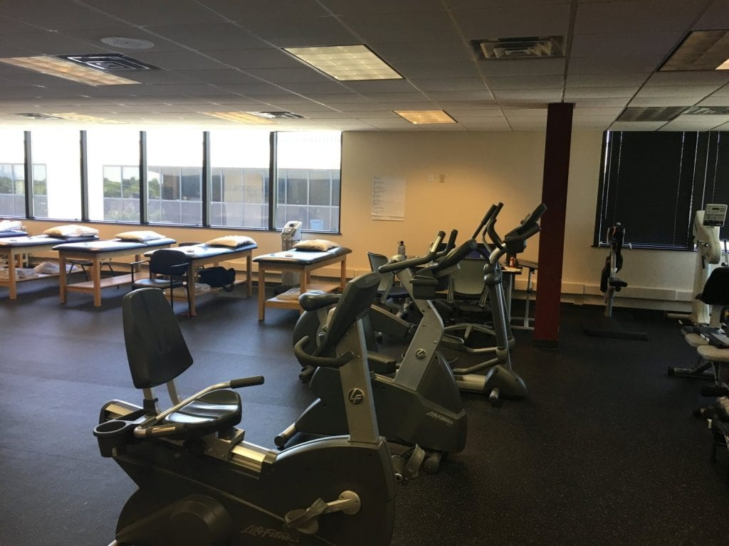 An image of equipment and stretch beds at our physical therapy clinic in Clifton, New Jersey.