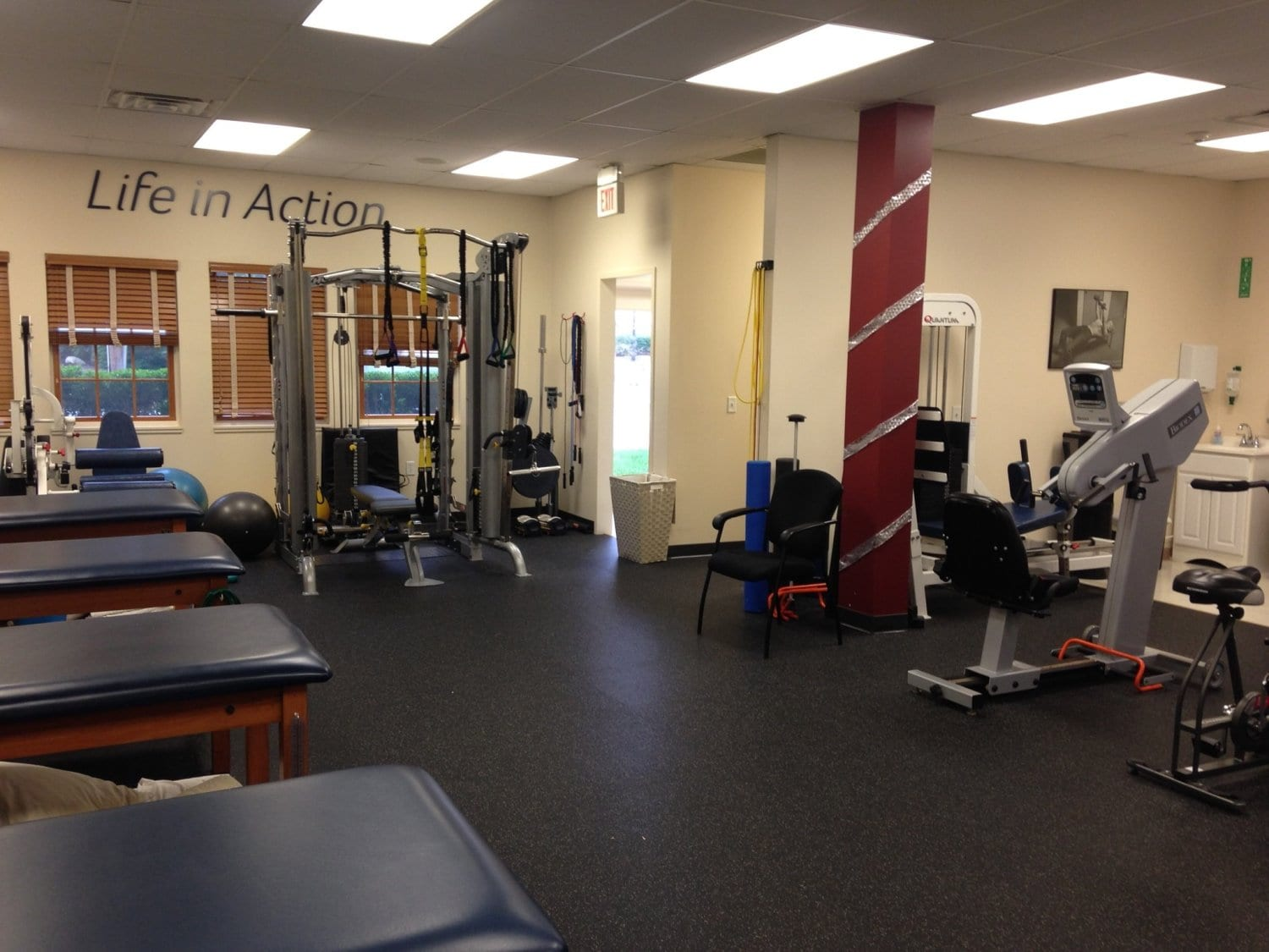 Wyckoff New Jersey physical therapy clinic interior photo with equipment.