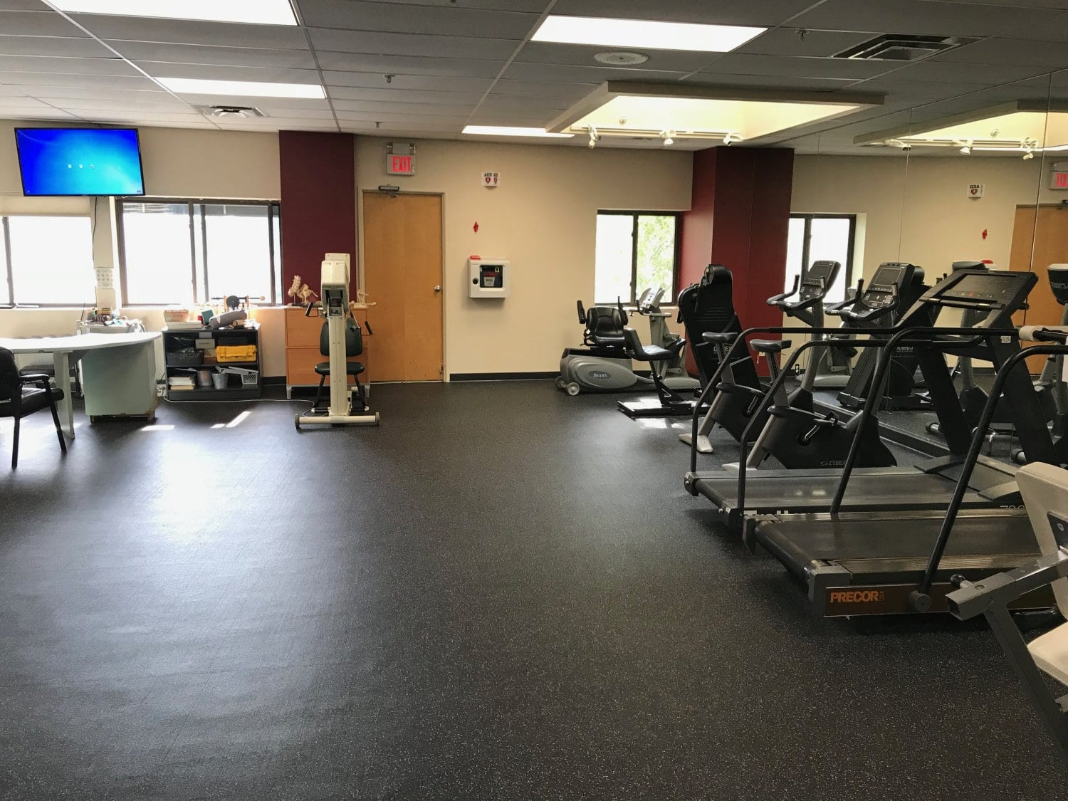 An image of treadmills at our physical therapy clinic in Cliffside Park, New Jersey.