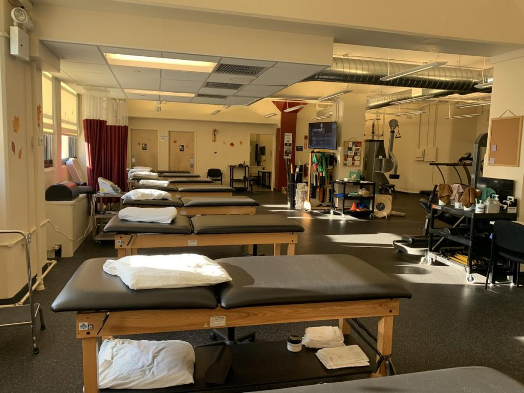 Image of the main room of our physical therapy clinic in Manhattan on West 52nd St.
