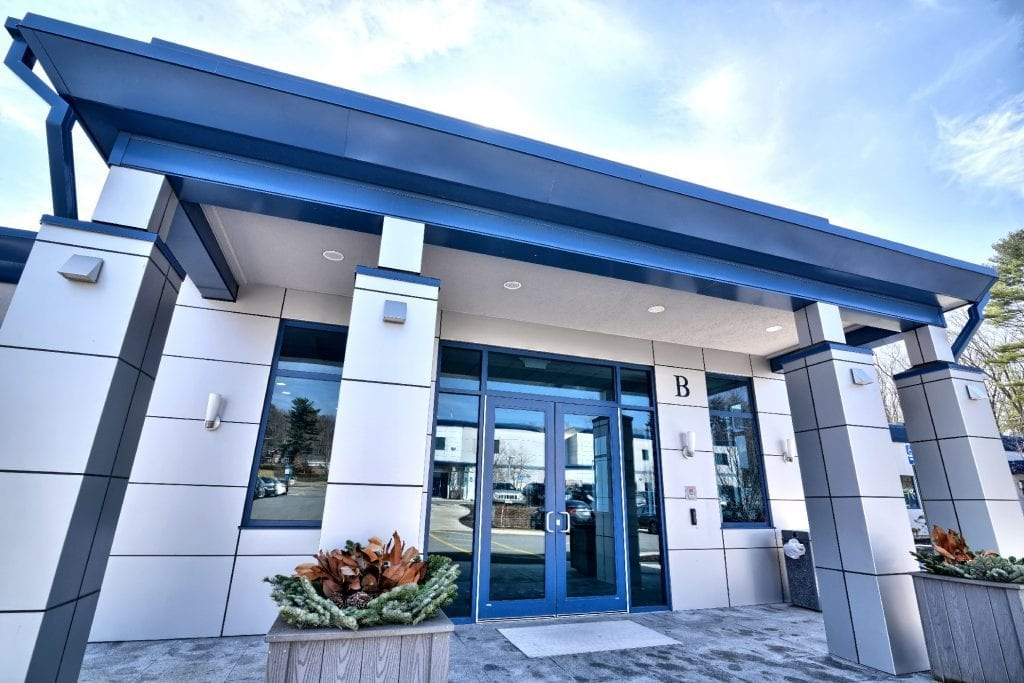 An image of the exterior of our physical therapy clinic in Amesbury, Massachusetts.