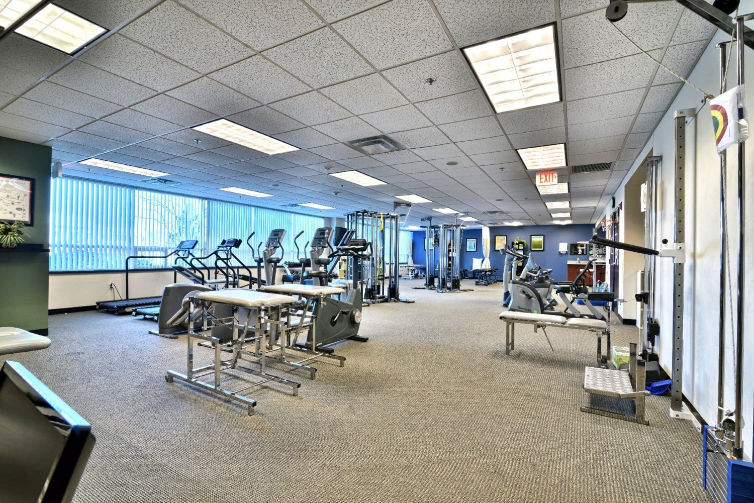An image of the interior of our physical therapy clinic in Woburn, Massachusetts.