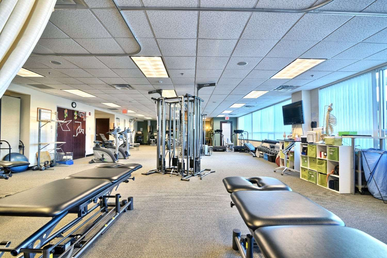 An image of the inside of our clean physical therapy clinic in Woburn, Massachusetts.