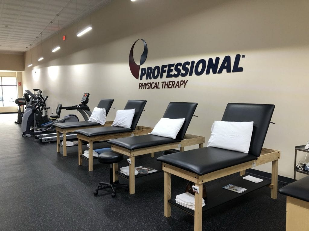 This is a photo of the clean equipment at our physical therapy clinic in Bay Shore, New York.