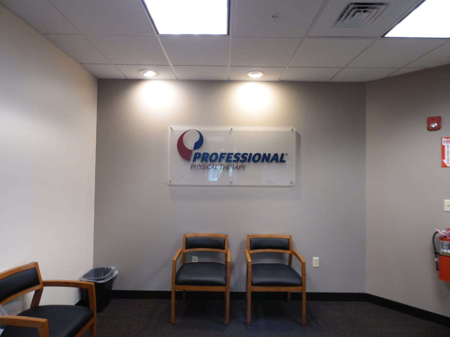 This is a photo of our comfortable waiting area for our patients at our physical therapy clinic in Andover, Massachusetts.