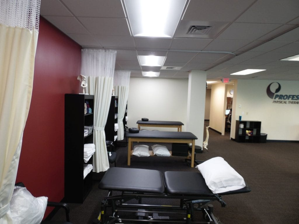 This is an image of clean stretch beds at our physical therapy clinic in Andover, Massachusetts.