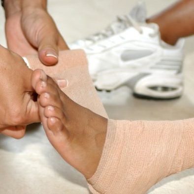 foot-ankle-pain-treatment-taping-2